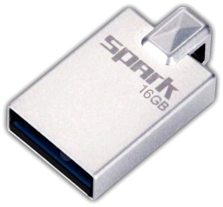 16GB Patriot Spark USB 3.0 (až 110MB/sec)
