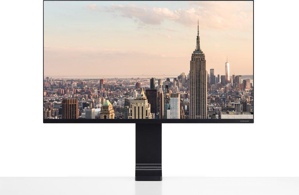 32'' Samsung S32R750 UHD, VA, 60 Hz