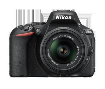 NIKON D5500 + AF-P 18-55 VR BLACK