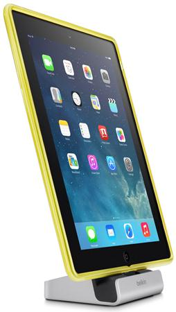 BELKIN Stolní Lighting dock pro iPhone,iPad,Mini..