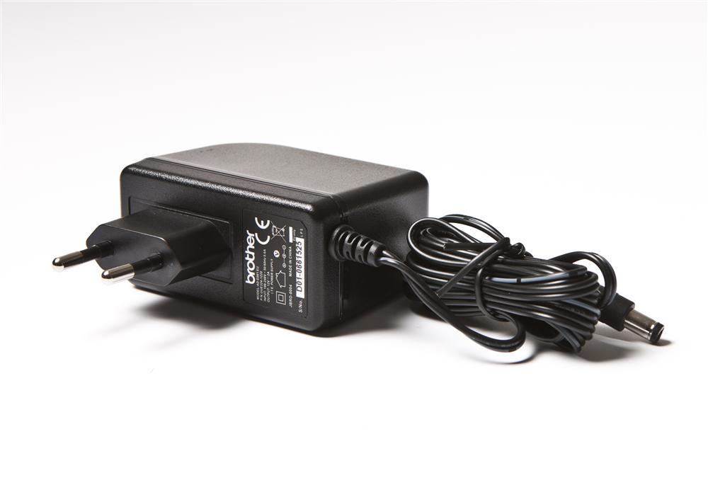 Brother Síťový adaptér pro PT  - typ ADE001EU