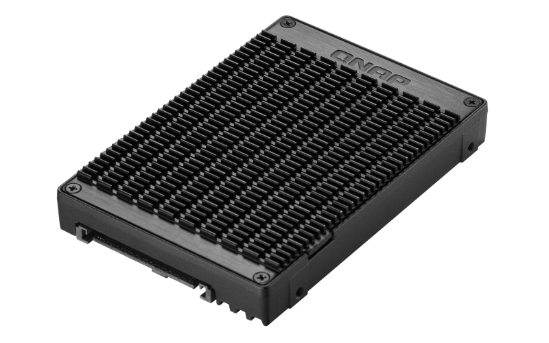 QNAP adaptér QDA-U2MP (2x M.2 PCIe NVMe SSD slot v 2,5' U.2 PCIe NVMe SSD rámečku)