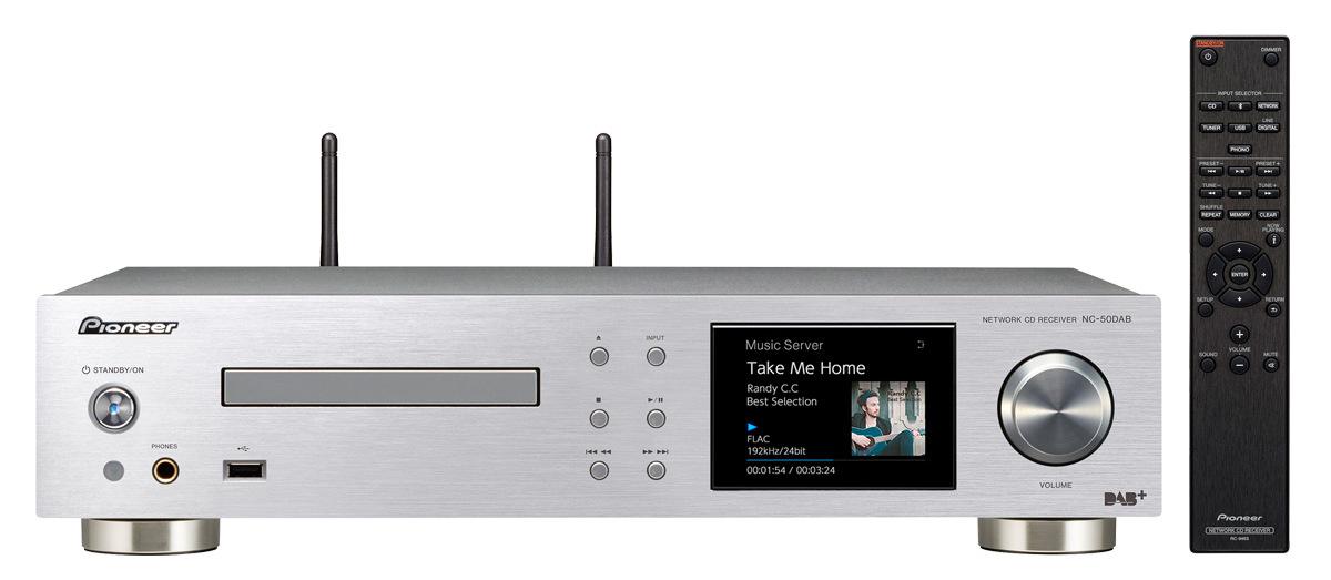 Pioneer audio přijímač 2.0 s CD a sítí černý